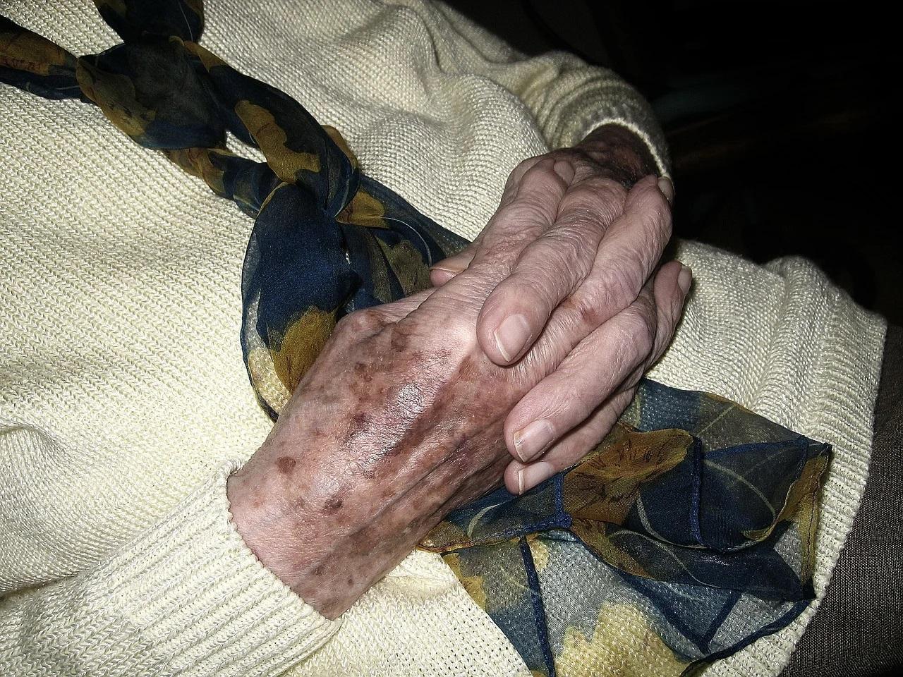 Les aides sociales pour l'hébergement des personnes âgées